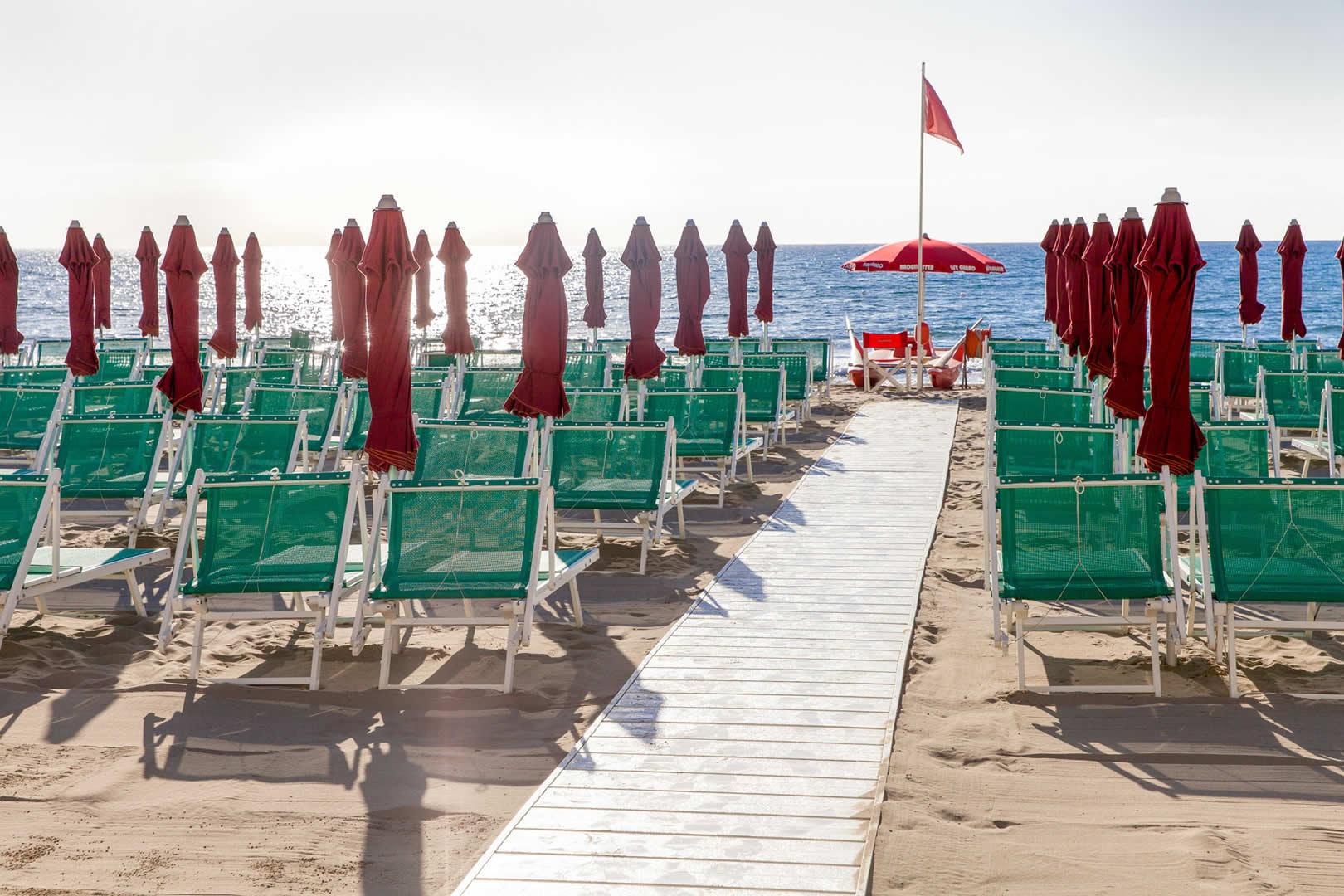 Strand hotel diano marina blumenriviera